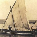 Old photograph of a Xabec sailing off the coasts of Menorca.